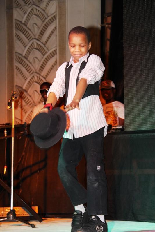 L'il Stefano looks like Breezy and dances like MJ