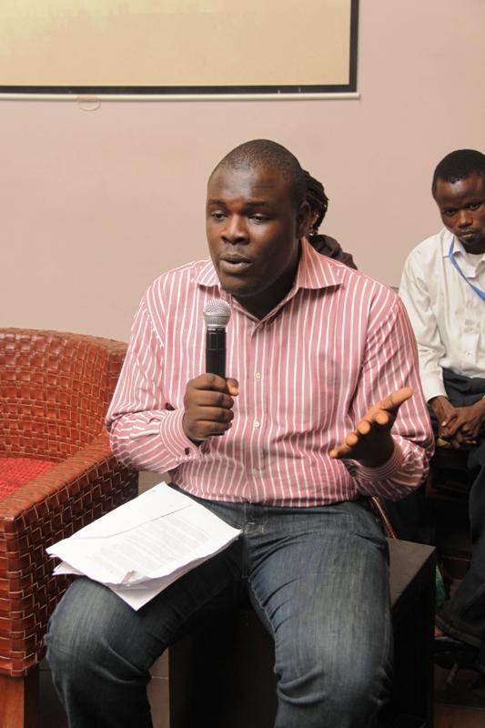 Chude Jideonwo rocks pink at Tolu Ogunlesi's Red Reception