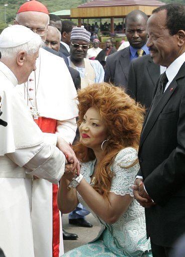 That the Pope did not keel over at the sight of this big hair is evident that he is more liberal than we think (photo tampabay.com)