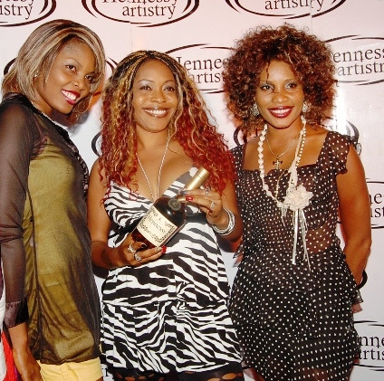 You know, I'm happy Whitney has made a comeback. I'm sure these good ladies are pleased too, hence channelling Miz Houston's Bobby Days